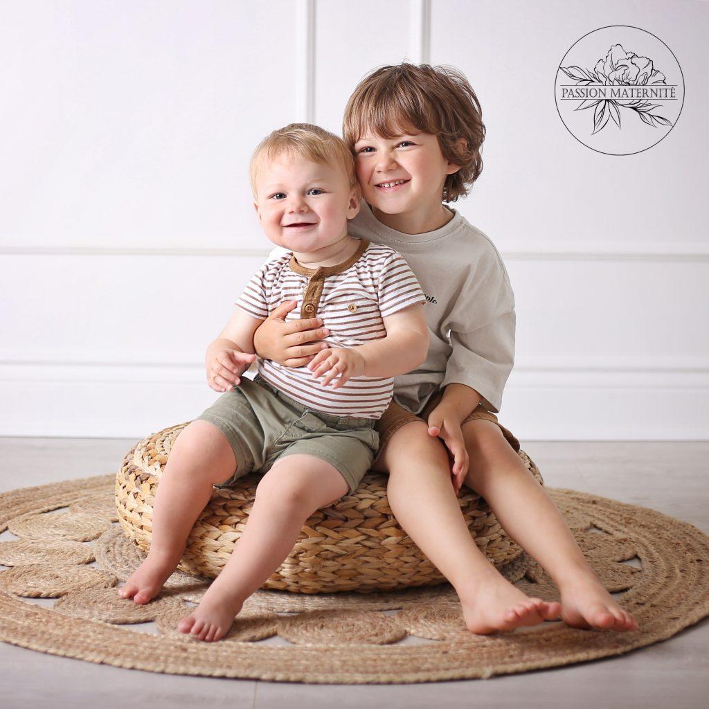 maman-photographe-studio-blanc-passion-maternite-audrey-paquette-sainte-therese-rive-nord (8)
